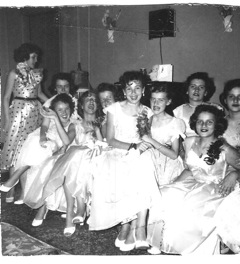 images4/1954GradParty2.jpg